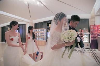 婚禮紀錄/婚禮實際/微電影/婚紗/婚禮攝影/商業攝影/海外婚紗/新娘秘書/平面攝影